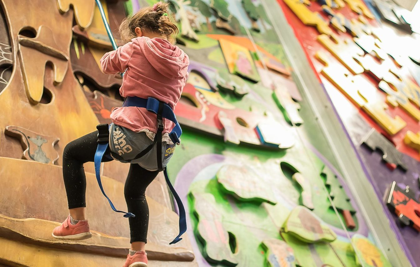 Climbing wall Saigon, Climbing wall Ho Chi Minh, Tet holiday, What to do during Tet holiday, things to do with kids in Saigon, Things to do with kids in Ho Chi Minh, HCMC, kids, children, indoor climbing center, active sports for kids